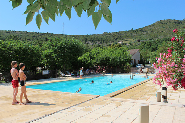 Quelques liens utiles for Camping a aix les bains avec piscine