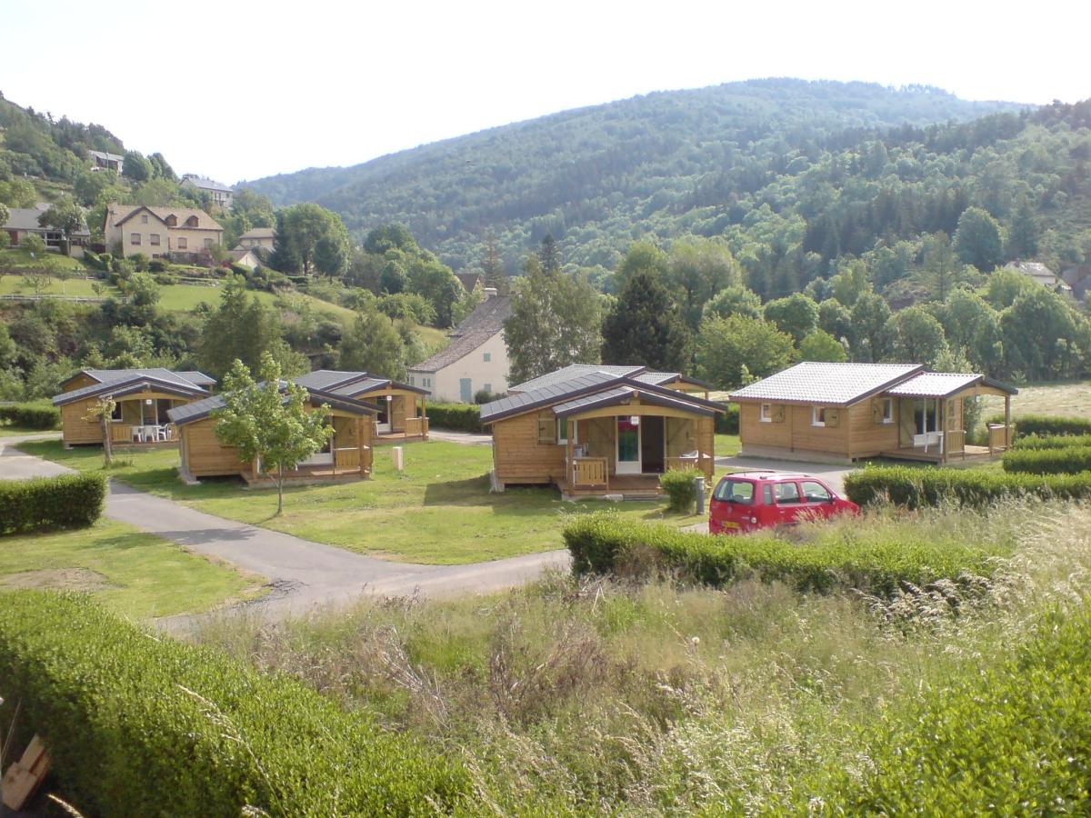 Camping avec piscine ispagnac for Piscine de mende