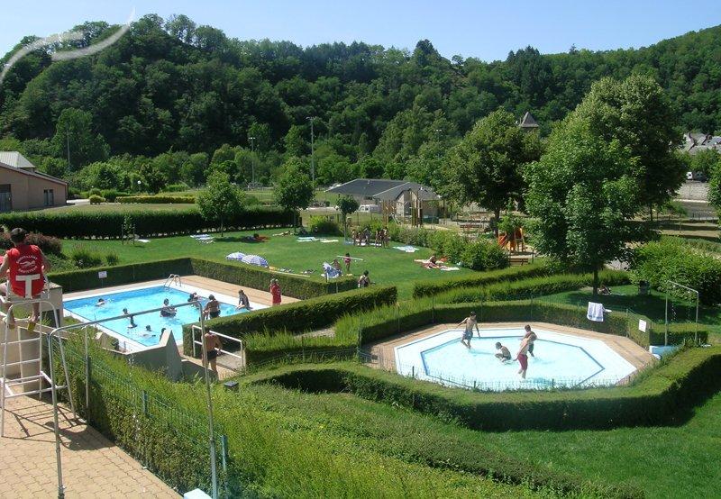 Camping avec piscine saint amans des cots for Piscine val joly prix