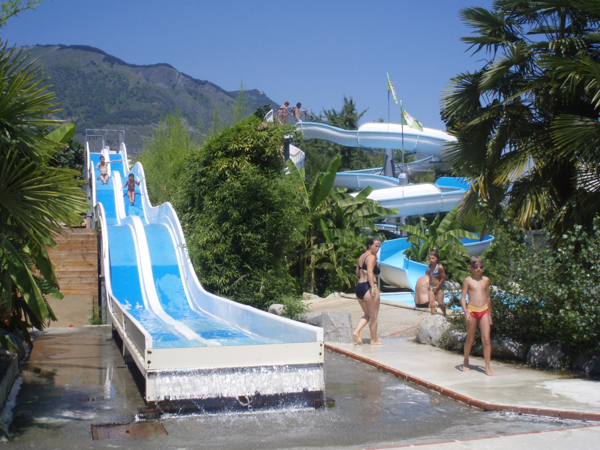 Camping les trois vall es 4 toiles argel s gazost toocamp for Argeles gazost piscine