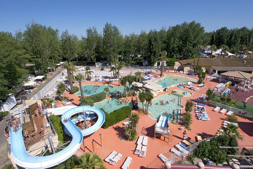 Camping les vagues 4 toiles vendres toocamp for Camping massif central avec piscine