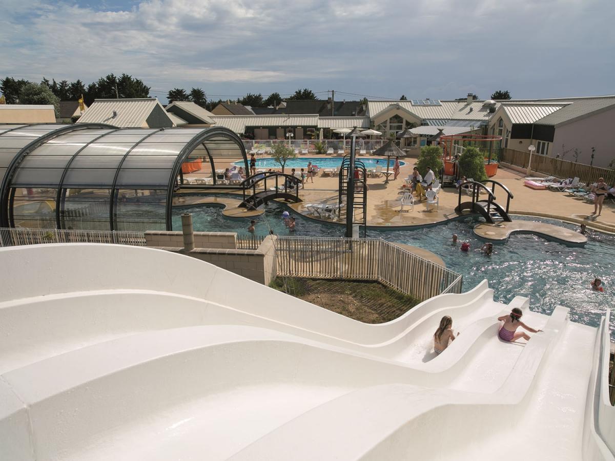 Camping avec piscine barneville carteret for Camping basse normandie avec piscine