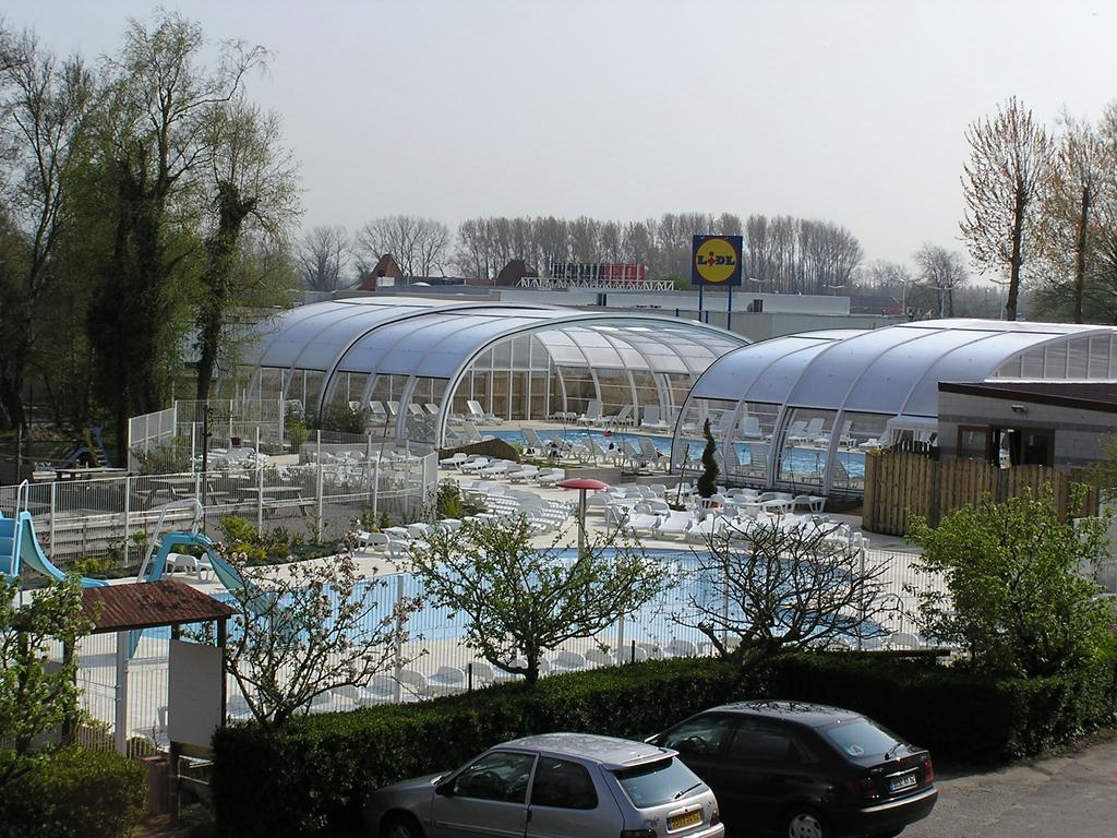 Camping l 39 or e du bois 4 toiles rang du fliers toocamp for Camping pas de calais piscine