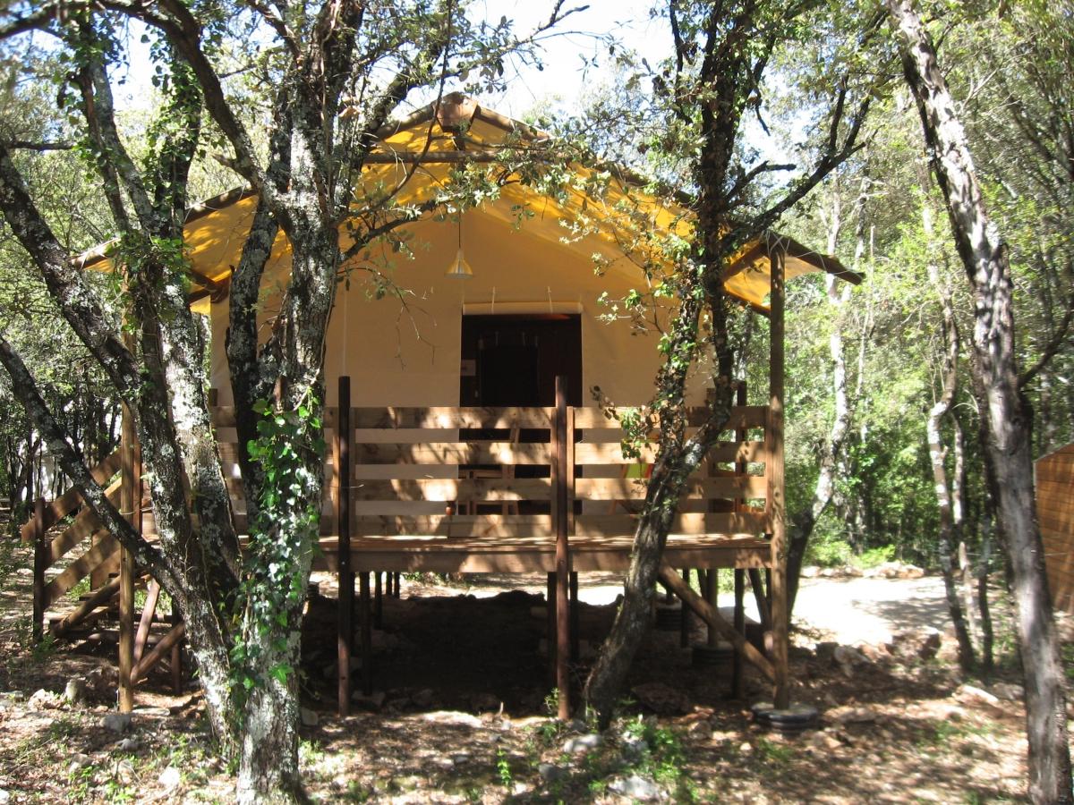 camping mille toiles 2 toiles labastide de virac toocamp. Black Bedroom Furniture Sets. Home Design Ideas