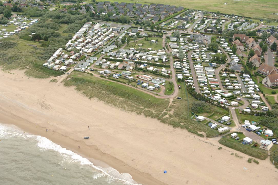 Camping merville franceville plage 6 campings et 54 aux for Camping cabourg piscine