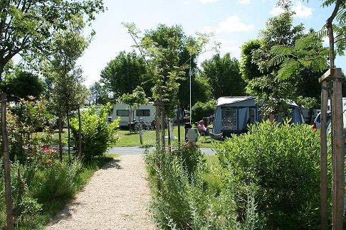 Camping port punay 3 toiles ch telaillon plage toocamp - Camping au port punay chatelaillon plage ...