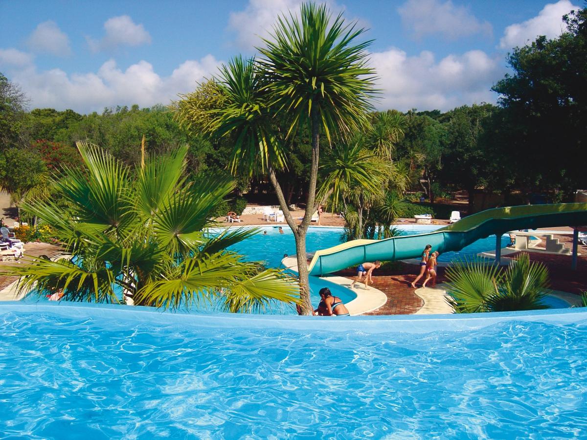Camping u farniente de pertamina 4 toiles bonifacio for Camping corse du sud avec piscine