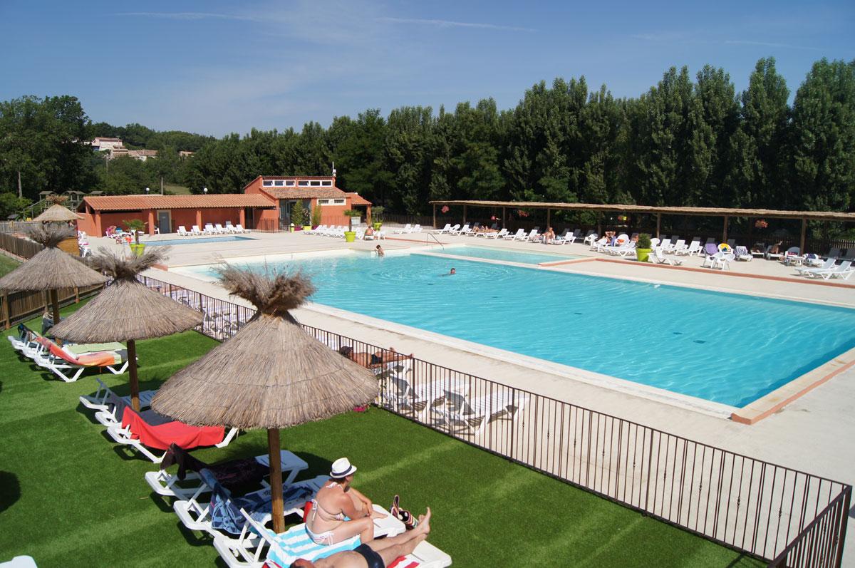 Camping avec piscine gr oux les bains for Camping gorges du verdon avec piscine