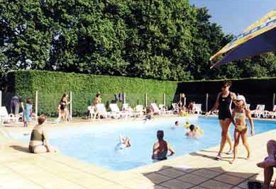 Camping village club 4 toiles blonville sur mer toocamp for Camping blonville sur mer avec piscine
