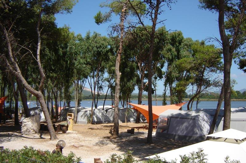 camping italie bord de mer vos vacances en mobil home en italie au bord de la plage. Black Bedroom Furniture Sets. Home Design Ideas
