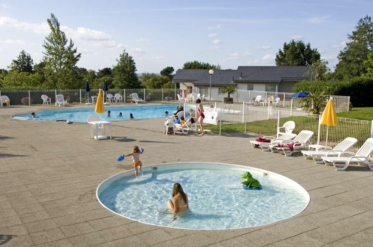 Camping crozon 6 campings et 70 aux alentours toocamp for Alentour piscine