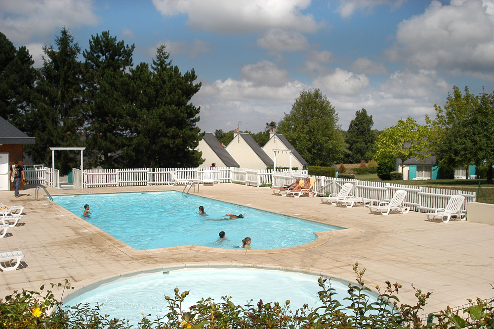Camping - Village vacances Les Violettes - Amboise - Grand Centre - France