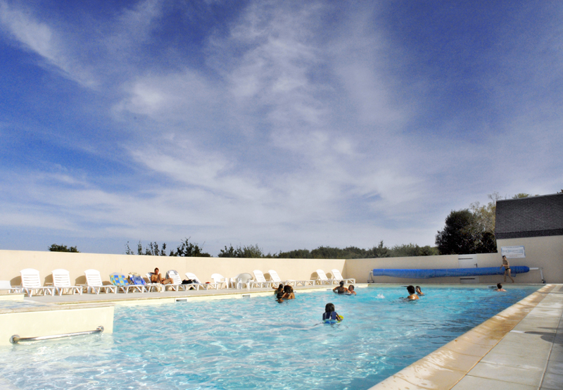 Camping village vacances ty an diaoul 1 toiles sarzeau for Camping sarzeau avec piscine