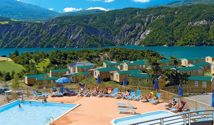 Camping domaine résidentiel de plein air les berges du lac