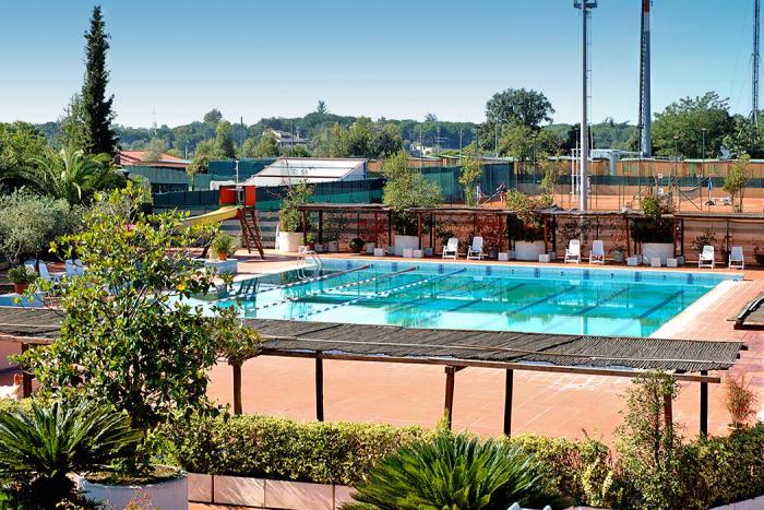 Camping avec piscine rome - Seven hills village roma piscina ...
