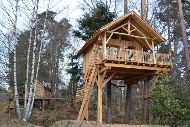 cabane dans les arbres alsace h bergement insolite alsace. Black Bedroom Furniture Sets. Home Design Ideas