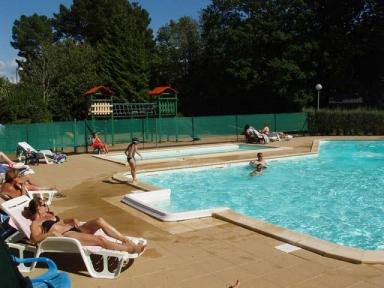 Camping la piscine 4 toiles fouesnant toocamp for Camping la piscine bretagne