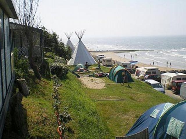 Camping Les Falaises 4 233 Toiles Gonneville Sur Mer Toocamp