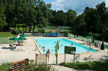 Camping avec piscine exc nevex for Piscine de divonne