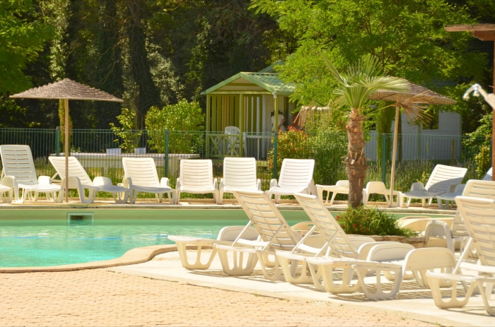 Camping l 39 eau vive camping 04300 dauphin adresse horaire - Piscine dauphin mouscron horaire ...