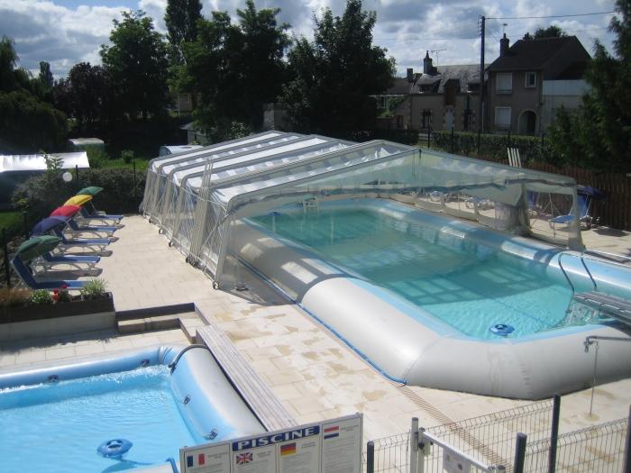 Camping loiret avec piscine for Camping a giens avec piscine
