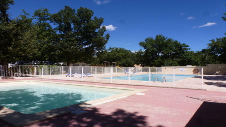 Camping - Camping Barjac - Languedoc-Roussillon - France