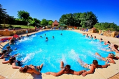 Camping - Camping Le Buisson de Cadouin - Aquitaine - France