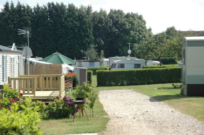 Camping etennemare 3 toiles saint val ry en caux toocamp for Camping haute normandie piscine